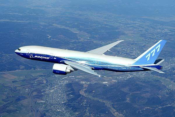 Boeing 777-300 Özellikleri