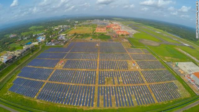 Bu Havalimanı %100 Güneş Enerjisi Kullanıyor