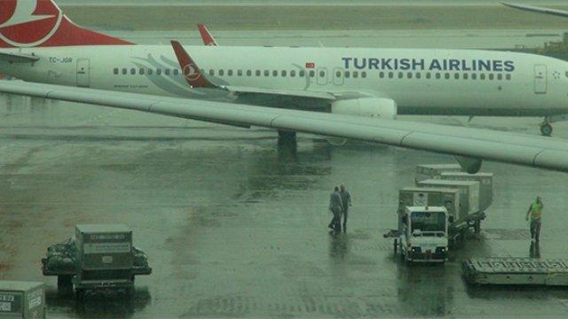 Sağanak Yağış Nedeni ile Uçuşlar İptal